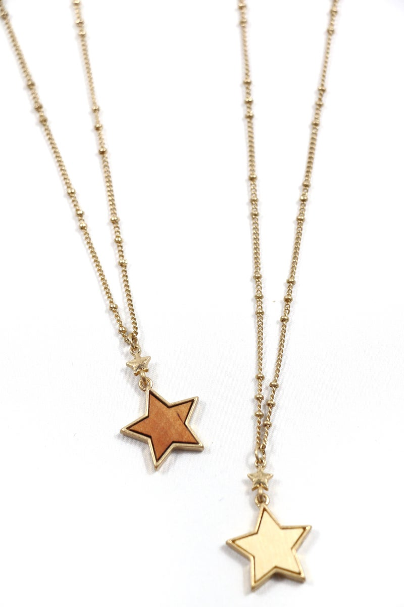 Don't Know How Short Gold Necklace With Gold And Wood Star Pendants In Multiple Colors