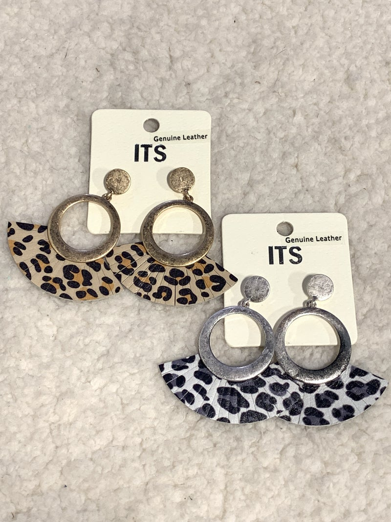 So Right Metal Circle And Leather Leopard Fan Fringe Earring In Multiple Colors