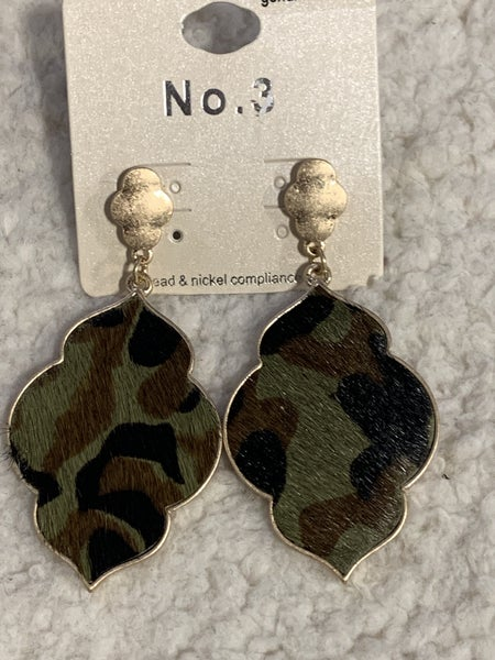 Fabulous Large Moroccan Shape Camo Earring