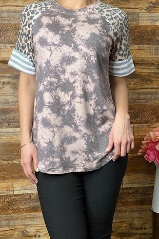 Run the Show Mocha Tie Dye Top with Leopard and Stipe Accent Sleeve - Size 4-20