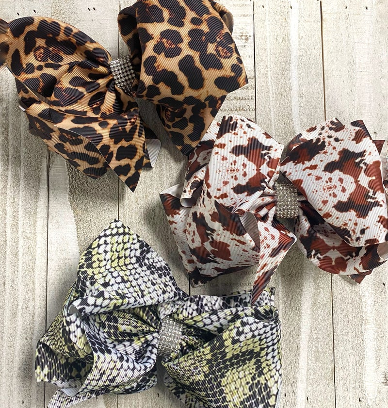 The Prettiest Bow  with Jeweled Accent Middle in Multiple Prints