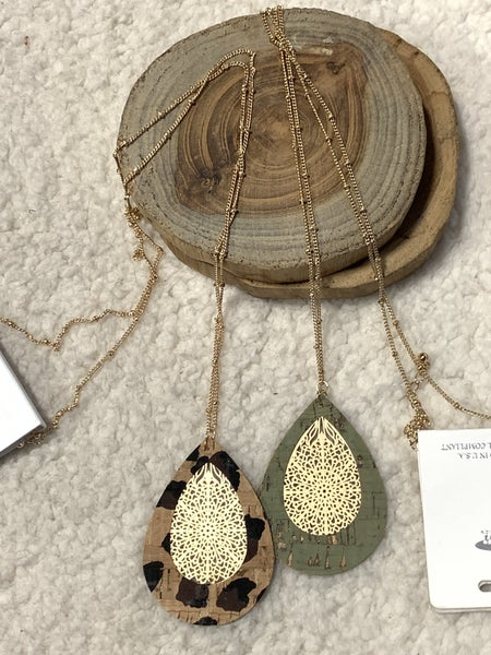 All The Time Long Gold Necklace With Teardrop Cork and Filigree Pendant In Multiple Colors