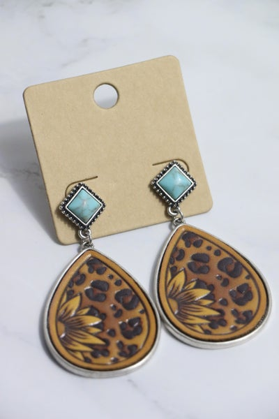 Western Vibes Sunflower Embossed Leather Teardrop Earring With Turquoise Stud