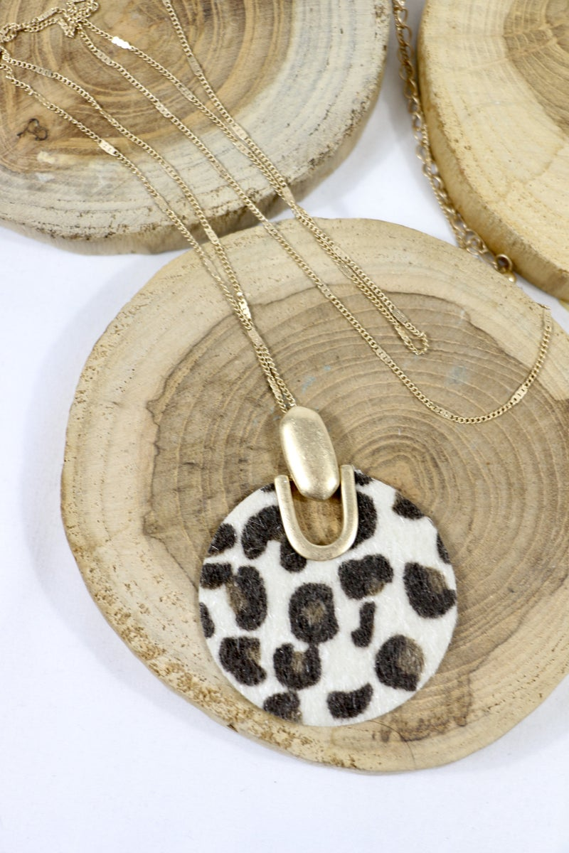 Not Giving Up Long Gold Necklace With Circle Ponyhair Leopard Pendant