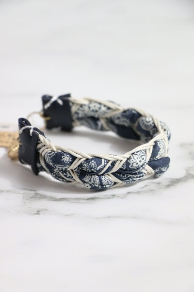 Each One Navy Bandana Print Braid Look Fabric Bracelet