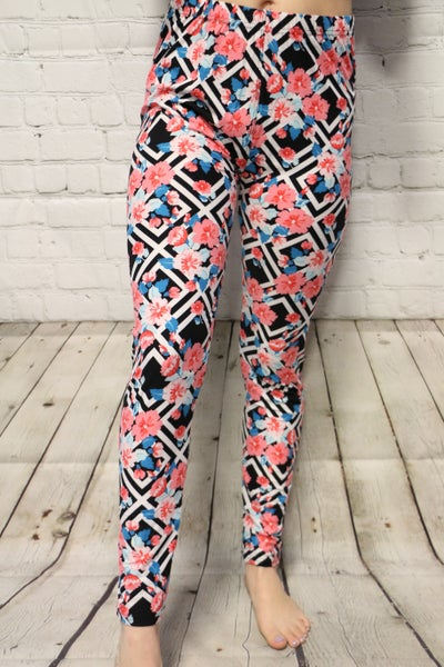 Very Classy Black and White Floral Print Leggings -Sizes-12-20