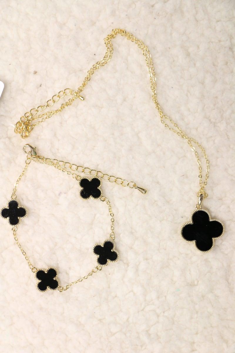 Lovely Afternoon Black Clover Necklace and Bracelet Bundle