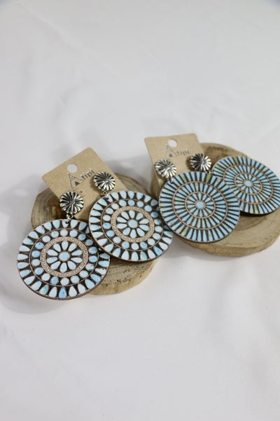 Out  Of The Dark Large Wood Medallion Earrings In Multiple Prints