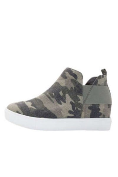 Known By All Camo Sneakers