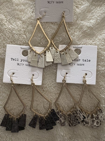 Steal Away Gold Pointed Teardrop Earring With Snakeskin Leather Fringe In Multiple Colors