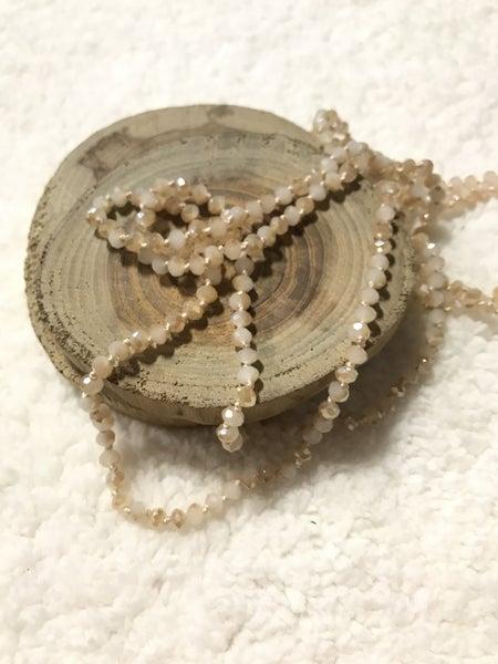 Vanilla Latte Mini Point of Perfection Beaded Necklace