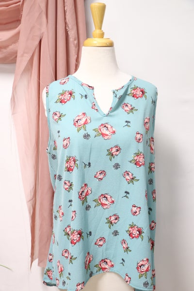 Keep My Heart Floral V-Neck Sleeveless Top in Multiple Colors - Sizes 12-20