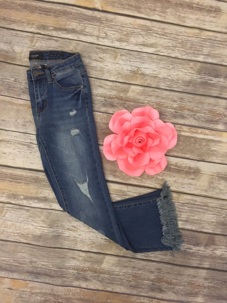 The Amanda Frayed Hem Jeans in Medium Denim ~ Sizes 0-15