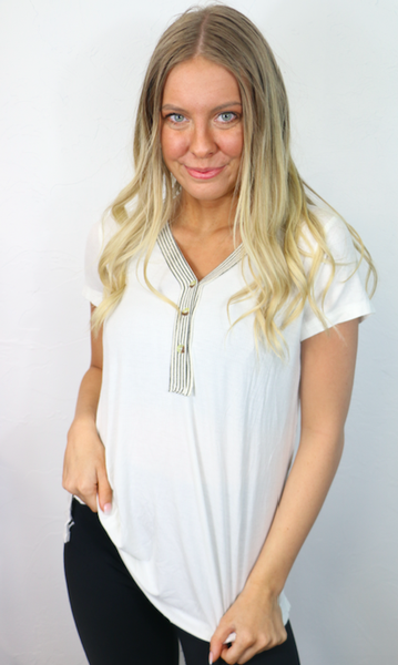 Find a Way White Short Sleeve Top with Accent Buttons - Sizes 4-10