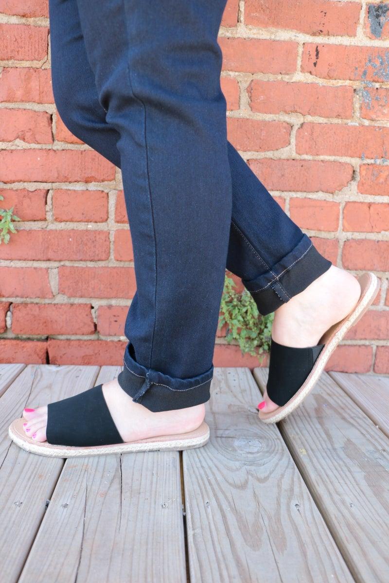 A Walk In The Park Black Slide On Sandals