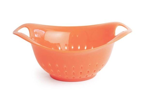 Cute & Handy Gripper Colander - 4 Quart - Multiple Colors