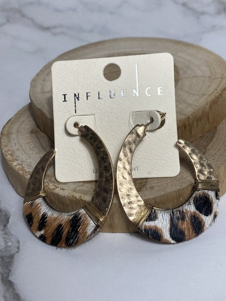 Spoiler Alert Hammered Gold Hoop With Leopard Ponyhair Trim