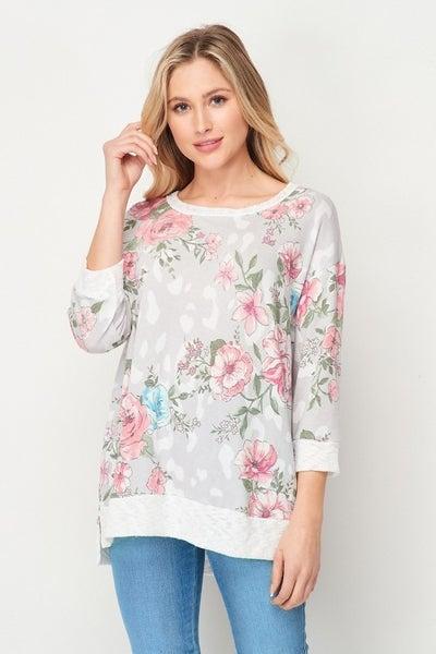 Honeyme Floral Weekender Top