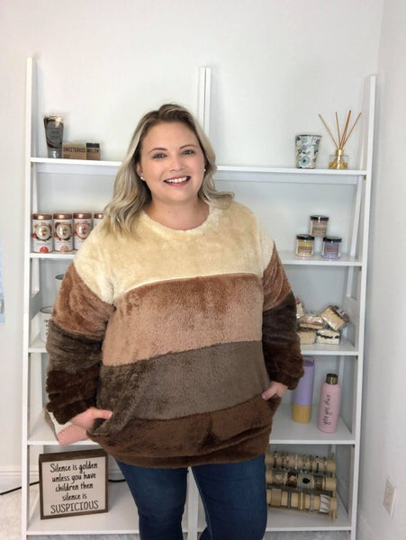 Brownie Layer Pullover Pocket Sweater