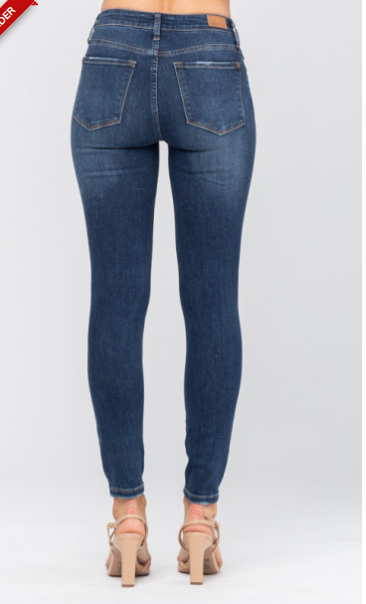 Button Up Buttercup Skinny Jeans