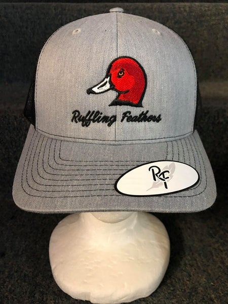 "MEN'S GREY/BLACK ""RUFFLING FEATHERS"" RED DUCK HAT"
