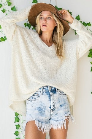 SOLID VNECK KNIT TOP