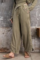 MINERAL WASH OLIVE FLOWY PANTS