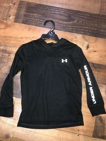 black under armor long sleeve shirt