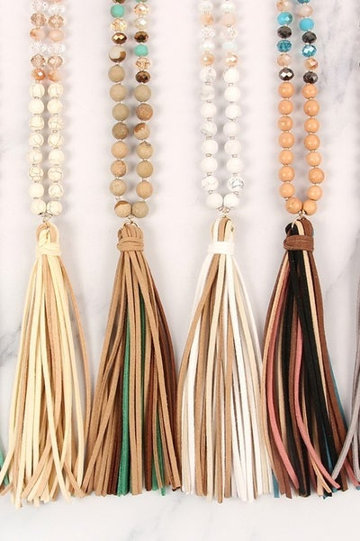 COLORFUL NATURAL STONE AND GLASS BEADS WITH TASSEL NECKLACE