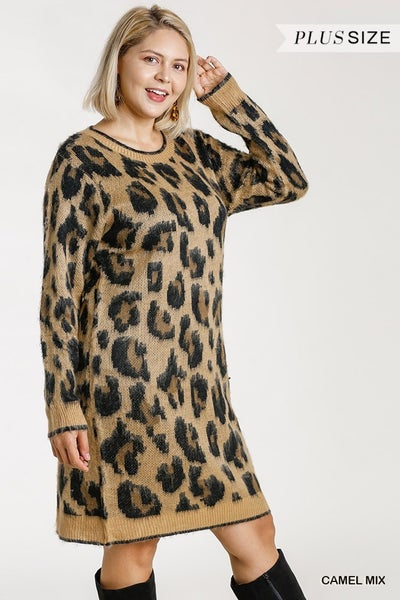 ANIMAL PRINT LONGSLEEVE SWEATER DRESS