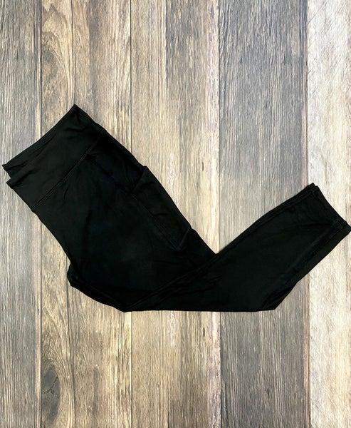 The Sierra Side Pocket High Waisted Yoga Leggings in Black