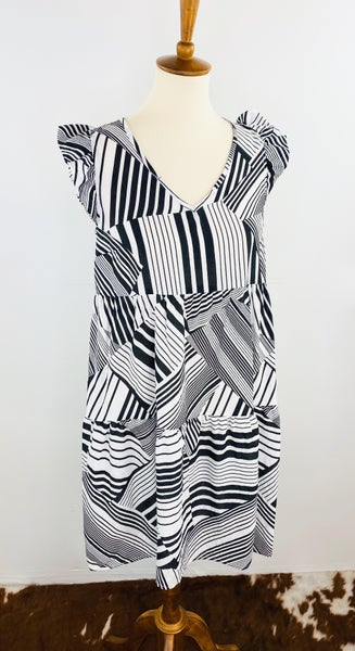 Black & White Zig Zag Dress