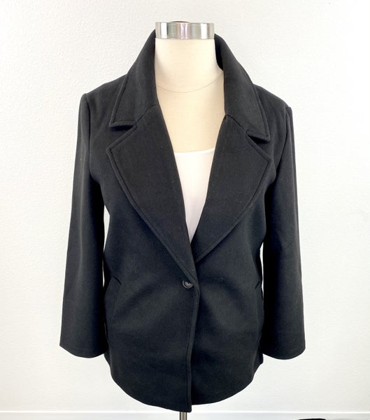 The Sarah Single Breasted Ideal Jacket in Black