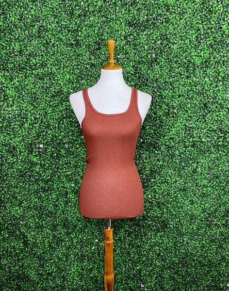 Fitted Ribbed Layering Tank in Rust