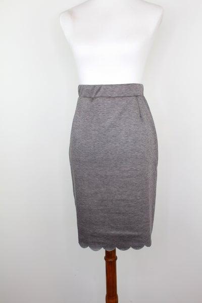 Classic Scalloped Edge Pencil Skirt in Mocha Melange