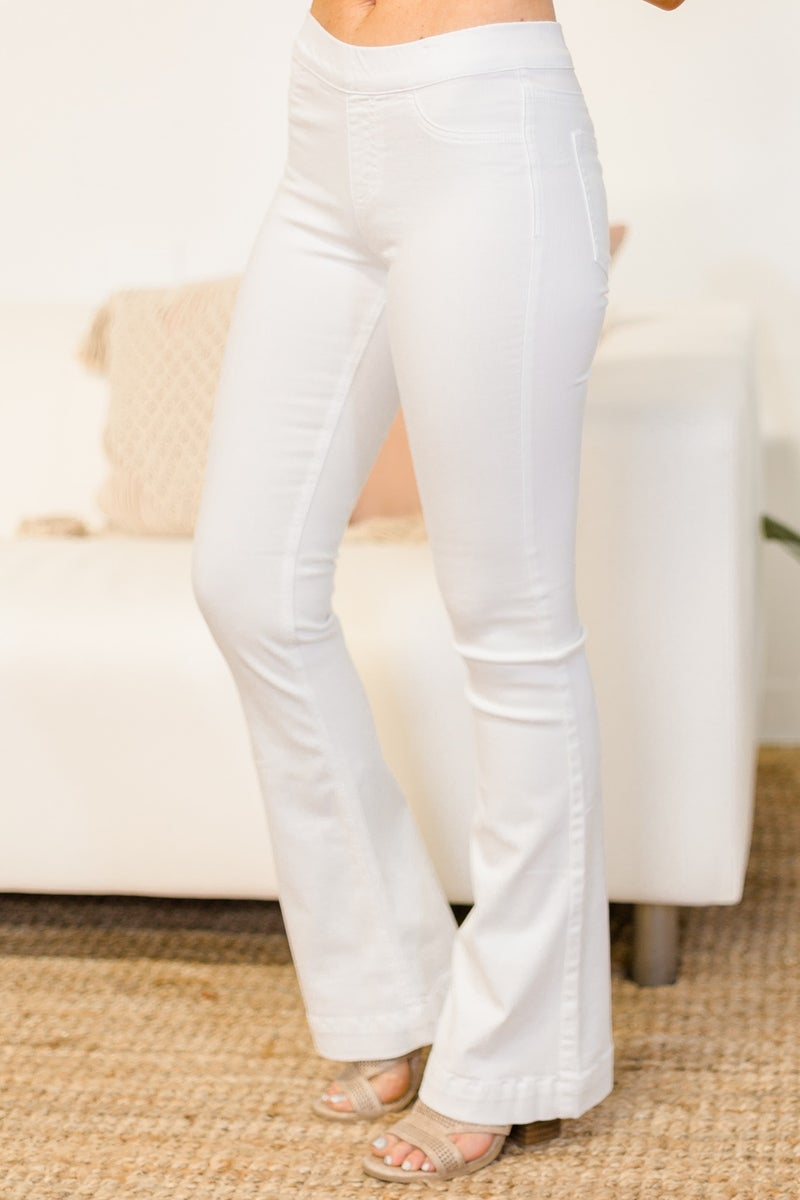 Cute Flare, Don't Care Jeans - White