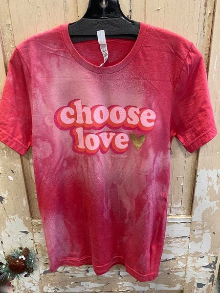 Choose Love Graphic Tee