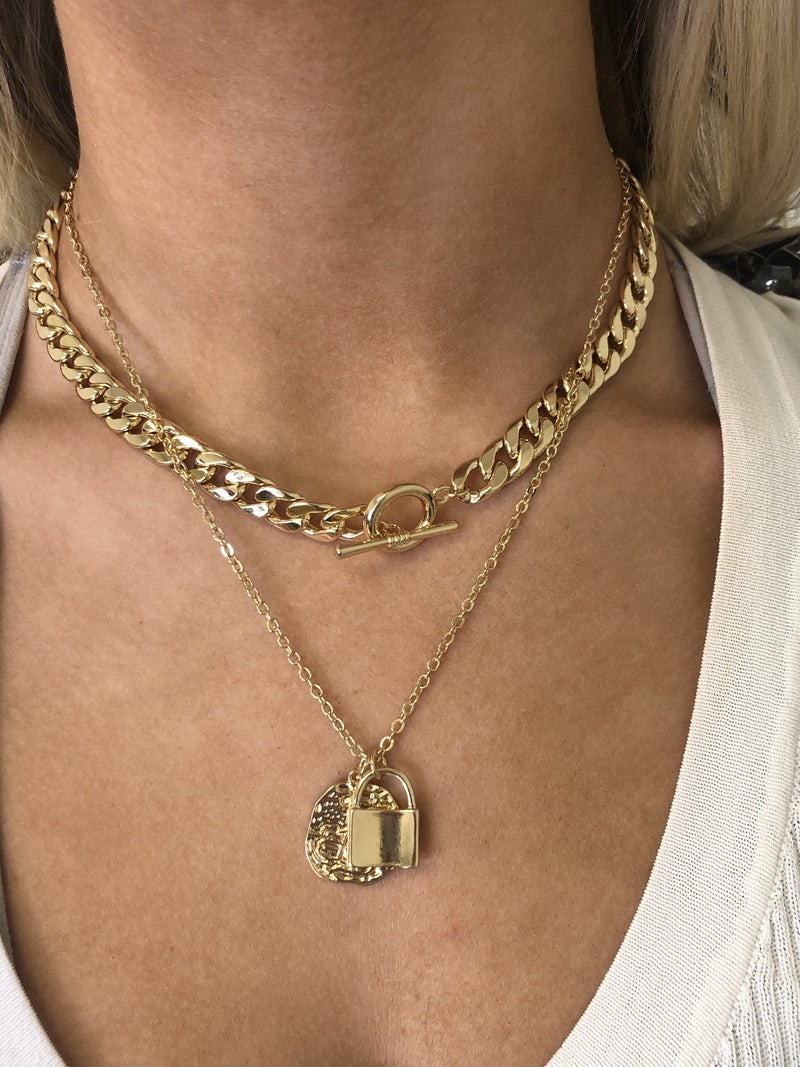 Put Your Chains Up Necklace