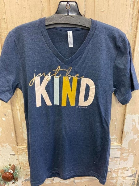 Just Be Kind Graphic Tee