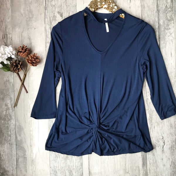 Navy Twisted Top *Final Sale*