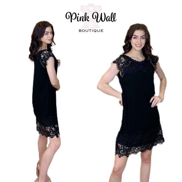 Sleeveless Black Lace Dress