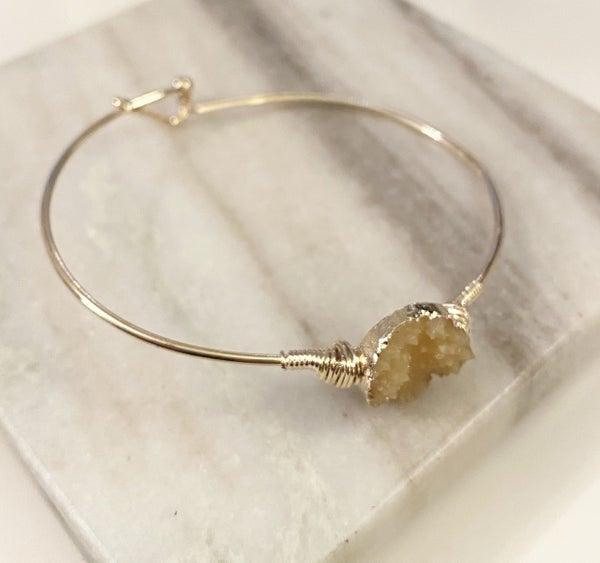 Round Druzy Resin Wired Bracelet