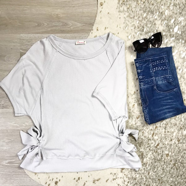 Grey Side Bow Top