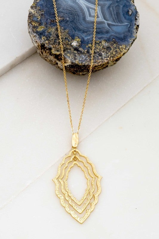 Three Layer Wavy Castings Necklace