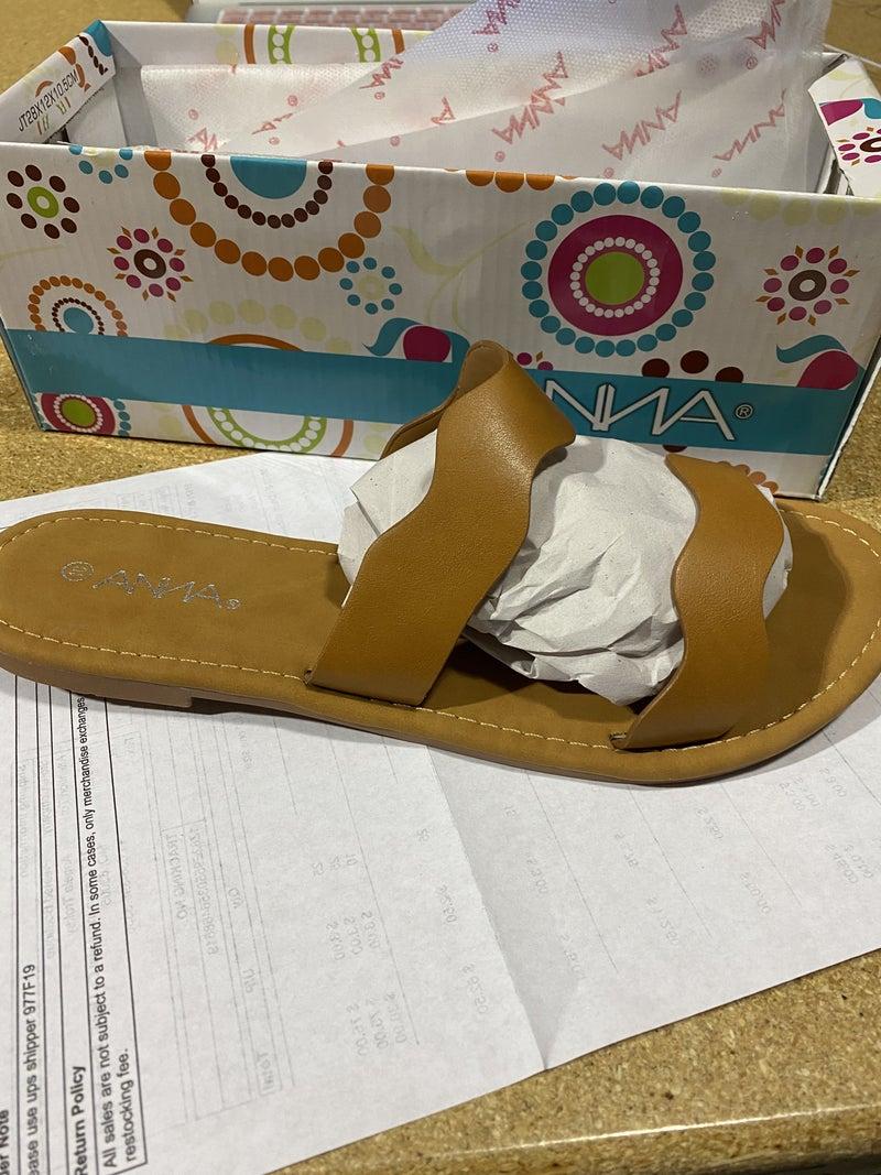 Natural Waves Slide Sandals