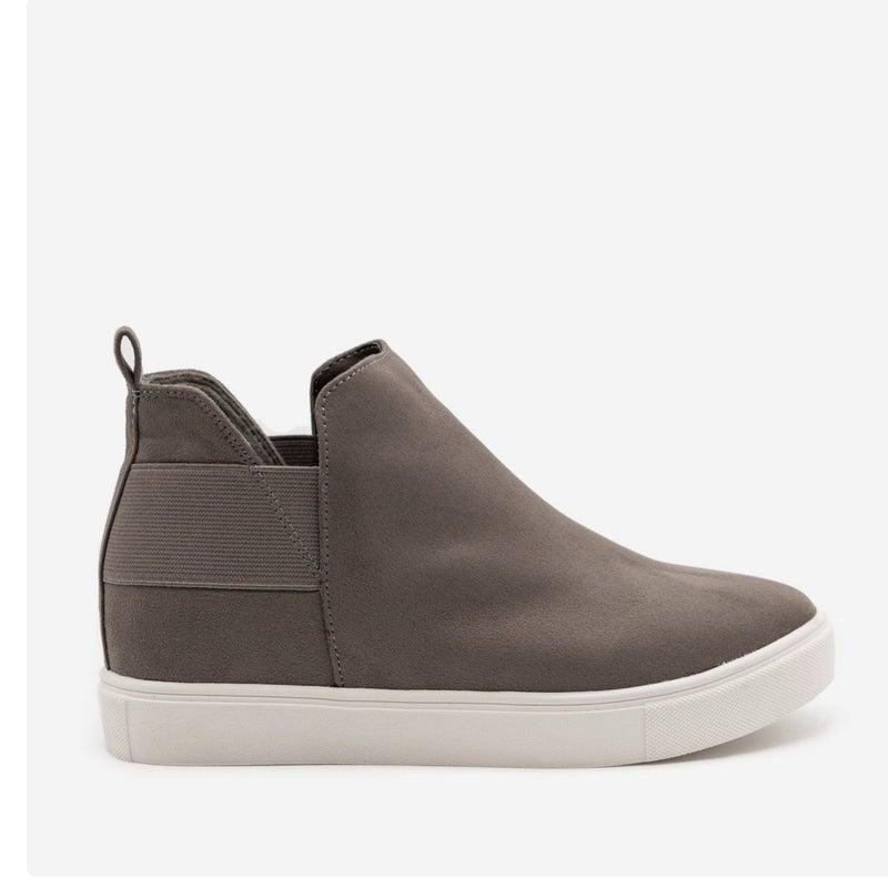 Easy Days Sneaker