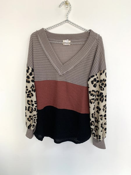 Popcorn Waffle Color Block Top with Leopard Puff Sleeves