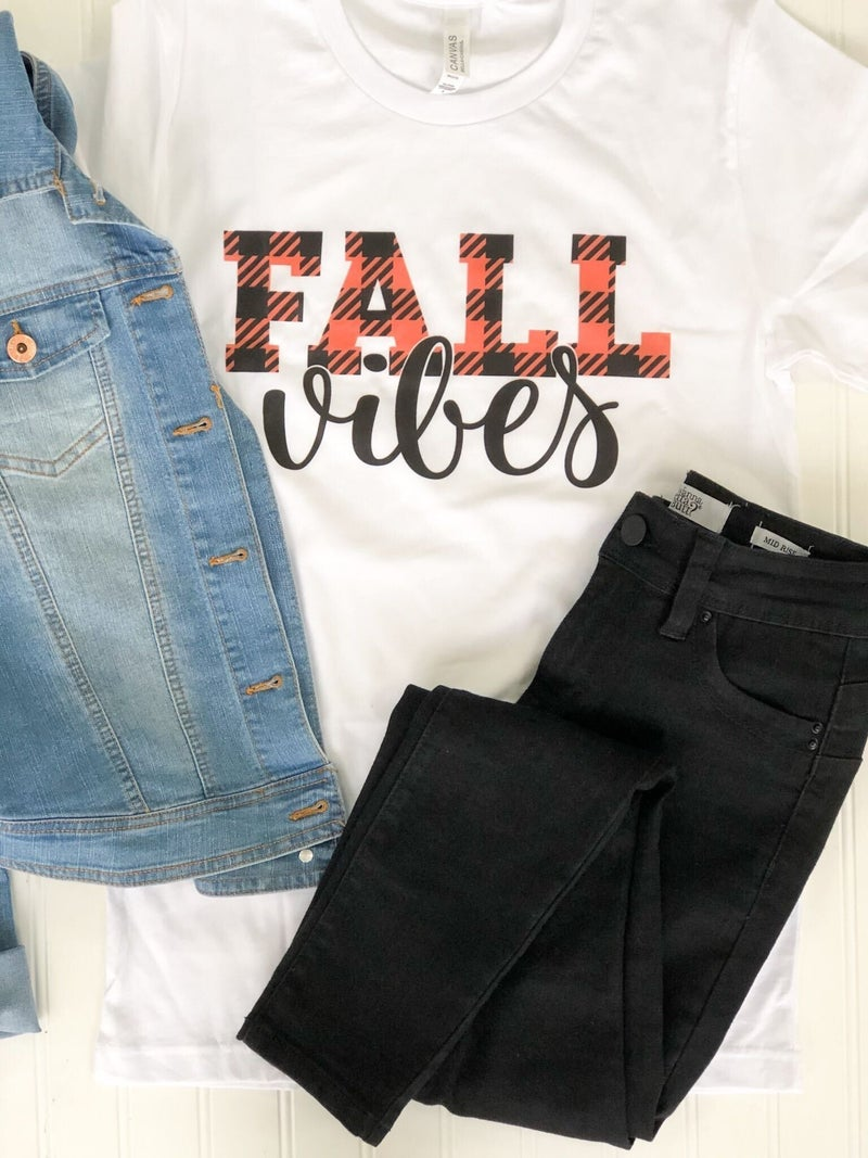All the Fall Vibes Graphic Tee