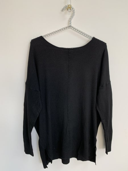 Black Round Neck Loose Fit Tunic