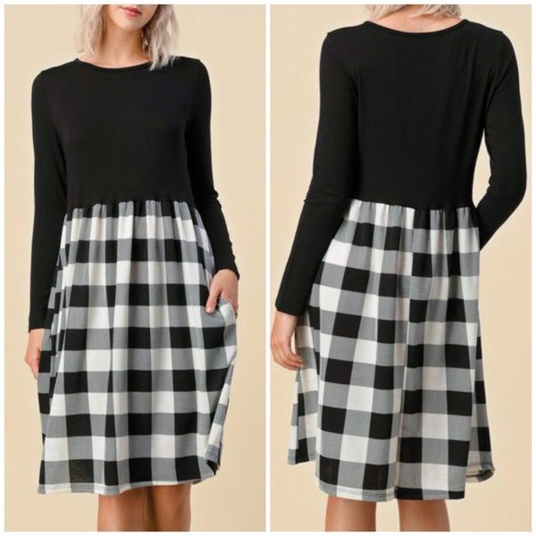 Black & White Buffalo Plaid Pocket Dress